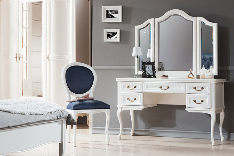 klassische m bel im italienischen stil in massivholz wersal6. Black Bedroom Furniture Sets. Home Design Ideas