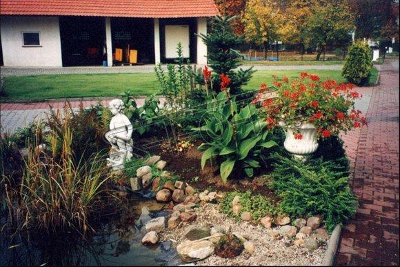 Fontainen Figur Statue Figuren Statuen Skulptur Skulpturen Garten
