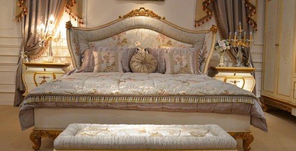 5 tlg. Schlafzimmer Komplett Set Königliches Barock Bett Schminktisch  Nachttisch