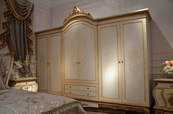 Kleiderschrank Schlafzimmer Holz Schrank Barock Rokoko Schränke 6türig XXL  E67