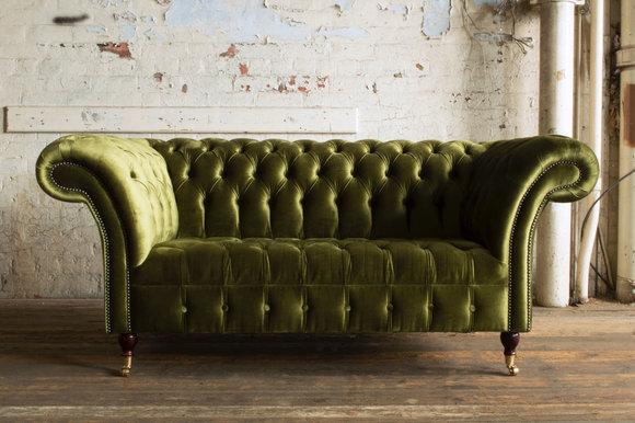 Chesterfield 2 Sitzer Wohnzimmer Couch Sofa Polster Sitz Textil Stoff  Garnitur NEU